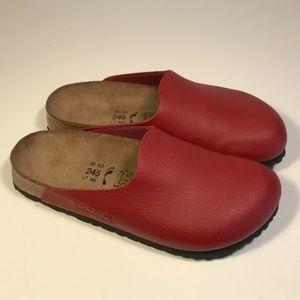 Birkenstock Birki's Red Clogs Women 7, Mint